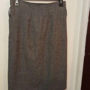 Club Monaco black beige tweed skirt